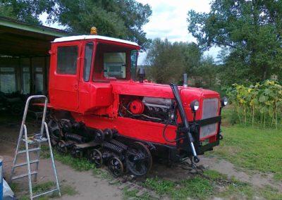 dt-75-w-trakcie-odbudowy-12